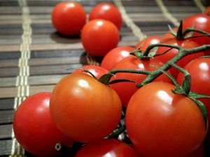 tomatoes-264967_640