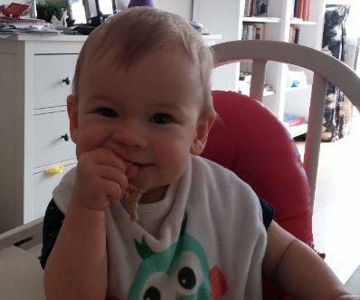 Kind 1 jaar leren eten